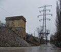 Újpest railway bridge, tower and electricity pylon, 2019 Népsziget.jpg