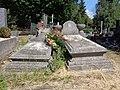 Łódź-old, german graves (2).jpg