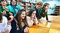 """Гра """"Страви європейських країн"""" у Хмельницькій міській бібліотеці-філії №11, травень 2019 р. Фото 1.jpg"""