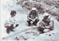 Левченко Б.М. на розкопках (1985 р., с. Медвин).png