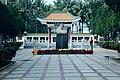 海南国际旅游岛——李硕勋烈士纪念馆(北向) - panoramio.jpg