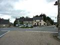 016 Berrien Le carrefour principal du village Place du 9 juillet 1962.JPG