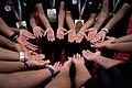 08.02 總統接見「2017年弗羅茲瓦夫第10屆世界運動會得獎隊伍教練及選手代表」,選手們伸出結滿繭的雙手,透露平常訓練的辛苦與毅力 (35489835134).jpg