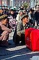 0909 - Nordkorea 2015 - Pjöngjang - Public Viewing am Bahnhofsplatz (22789262700).jpg