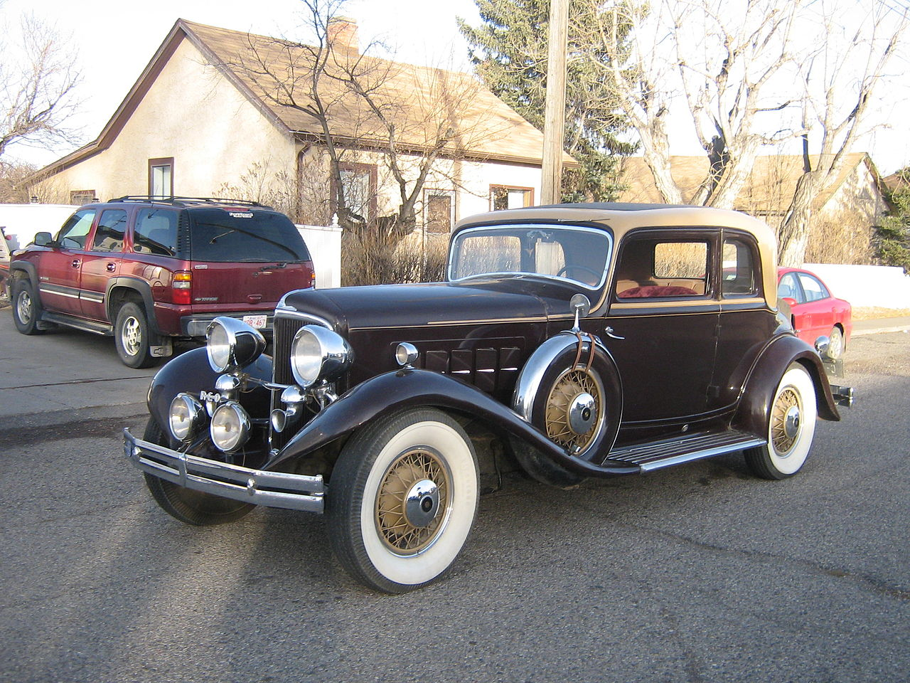 Curbside Classic: 1940 Graham Supercharged Sedan – Graham Jumps The ...