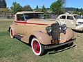 1933 Pontiac 8 (6663478501).jpg