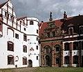 20030705490DR Basedow Schloß Hof.jpg