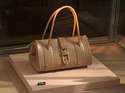 meaning of handbag