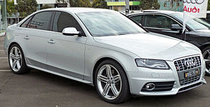 Audi S4 - 2009-2010 Audi S4 (B8) sedan