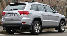 2007 jeep grand cherokee srt8 towing capacity