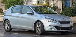 2014 Peugeot 308 Access THP 1.6 Front.jpg