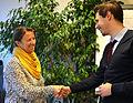 2015-10-15 Gil Maria Koebberling vom Freundeskreis Hannover und Tobias Schreiber im Wikipedia-Büro Hannover.jpg