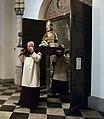 20180602 Maastricht Heiligdomsvaart, reliekentoning St-Servaasbasiliek 23.jpg
