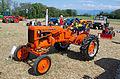3ème Salon des tracteurs anciens - Moulin de Chiblins - 18082013 - Tracteur Allis Chalmer CA - 1954 - gauche.jpg