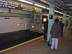 71st-Forest Hills Subway Station by David Shankbone.jpg