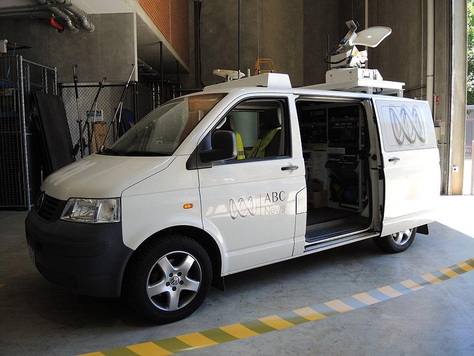 ABC Perth - Satellite Link Truck (E37@OpenHousePerth2014)