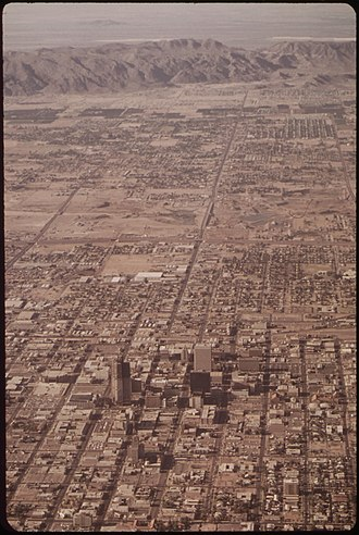 Phoenix, Arizona - Phoenix in May 1972, with South Mountain in the background.