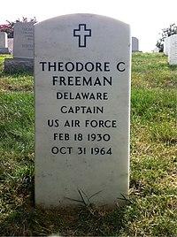 ANCExplorer Theodore Freeman grave.jpg