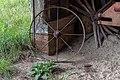 Abandoned plantation near Wakefield VA 8 (39740648490).jpg