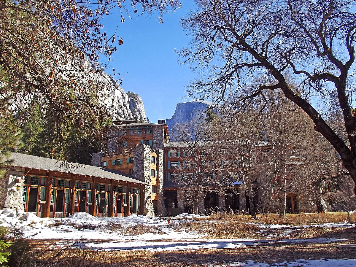 hotel. the majestic yosemite dining room the ahwahnee dining hall
