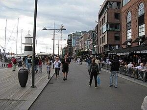 Aker Brygge - Tingvallakaia, gaten Stranden, September 2009