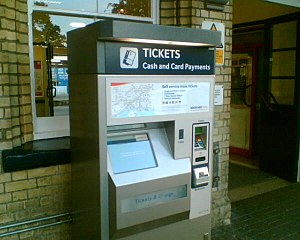 Aldershot railway station - New ticket vending machine.
