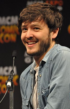 Alexander Vlahos - Vlahos at the 2013 MCMComicCon