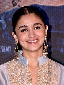 Zee Cine Award for Best Actor – Female - Wikipedia