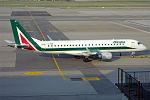 Alitalia Cityliner, EI-RNB, Embraer ERJ-190STD (19667109396).jpg