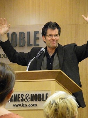 Andre Dubus III - Dubus discussing Dirty Love