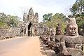 Angkor Thom southern gate (6208399744).jpg