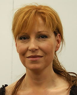 Anna Mannheimer TV and radio host