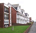 Apartments - Lee on Solent - geograph.org.uk - 1046294.jpg