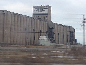 Port of Chicago - View of the Illinois international port from the Bishop Ford Freeway.