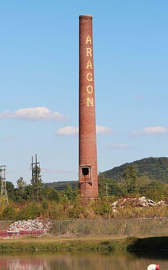 Aragon Mill - Aragon Mill's chimney, October 2016