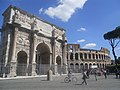 Arch of Constantine and the Colosseum (5986622515).jpg