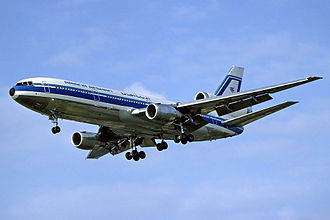 McDonnell Douglas DC-10 - Image: Ariana Afghan Airlines DC 10 Fitzgerald