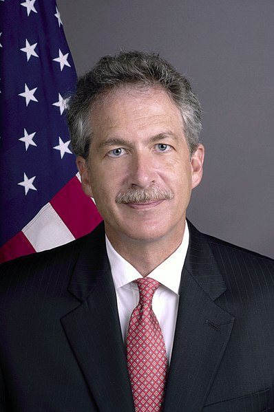 File:Assignment- 59-CF-DS-22432-05) Official portrait of William Burns, U.S. Ambassador-designate to Russia (Photographer- Ann Thomas--State) (59-CF-DS-22432-05 Amb BillBurns0086 fromPSD - DPLA - 24e3adb7aadd75ad1930cff23ef02645.jpg