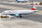 Austrian Airlines, OE-LBV, Airbus A320-214 (23058593661).jpg