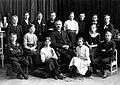 Avgangklasse Byåsen skole (1913) (11116588544).jpg