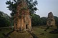 Bakong - South Towers (4192577929).jpg