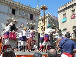 Baile tradicional con alpargatas en Villafranca del Penedés.