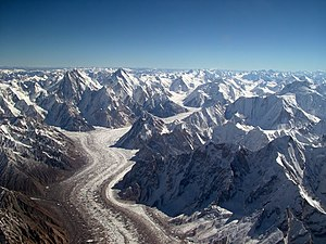 Karakoram - Image: Baltoro glacier from air