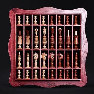 Staunton chess set - An English Barleycorn-style set