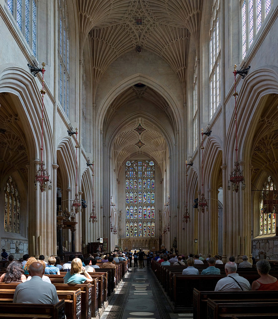 Check Out The Historical Bath Abbey In U.K