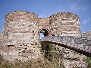 Grade I listed buildings in Cheshire West and Chester - Image: Beeston Castle Gate House and Bridge geograph.org.uk 442721