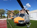 Bell AB 205 UH 1 H, Madrid, España, 2016 01.jpg