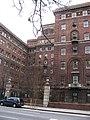 Bellevue Men's Shelter Courtyard (4198134109).jpg