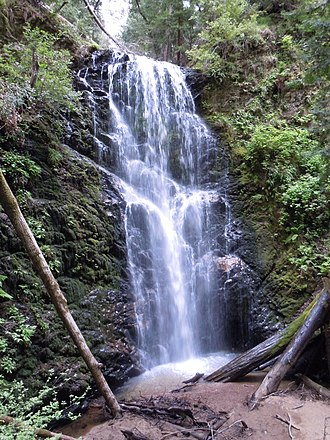 Skyline-to-the-Sea Trail - The 70 ft. (21 m) Berry Creek Falls, as seen from the wooden viewing platform
