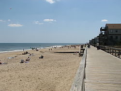 The Bethany Beach boardwalk ca. 2006, prior to the 2008-2009 construction of a new dune between it and the Atlantic Ocean.